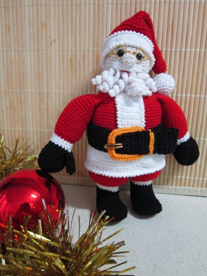 La piccola bottega della Creatività: Babbo Natale amigurumi - Tutorial  uncinetto | Babbo natale, Natale e Alberi di natale all'uncinetto | 960x720