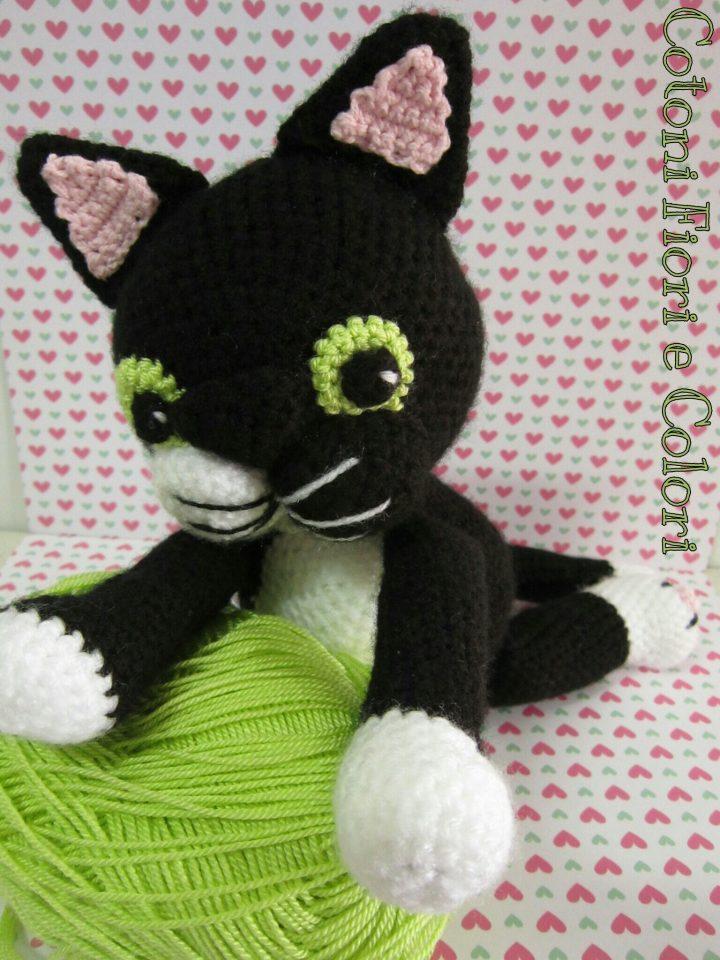 Gattino nella Tazza Amigurumi Tutorial - Cat in the Cup Crochet ... | 960x720